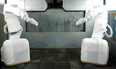 <strong>Roboterschutzanzug</strong> aus dehnbarem Gestrick, 2teilig, zusätzliche Achsenverkleidung, Werkzeugschutz und Schlauchschutz