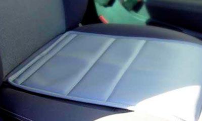 <strong>Sitzauflage</strong> für Transporter und Lieferfahrzeuge, Leder. Schützt vor Abrieb und Verschmutzung, kaschiert vorhandene Schäden.